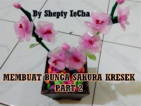 tutorial merajut bunga youtube tutorial cara membuat bunga sakura dari kresek kantong