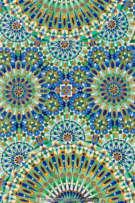 vegetal pattern in islamic art islamic pattern mosaic picture hassan ii mosque