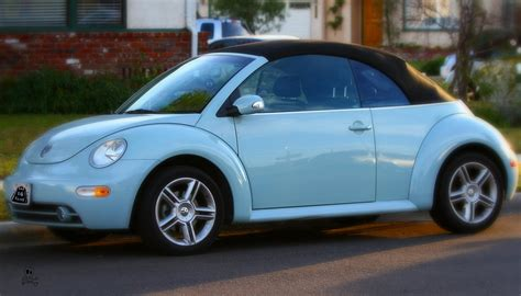 volkswagen bug light blue heaven blue metallic volkswagen beetle convertible 2010 20