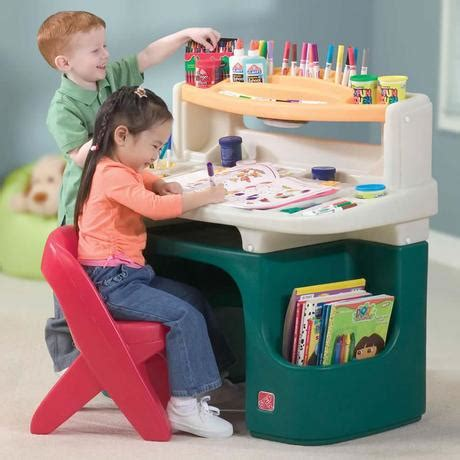 an art desk for piglet and a rainbow loom for snubnose