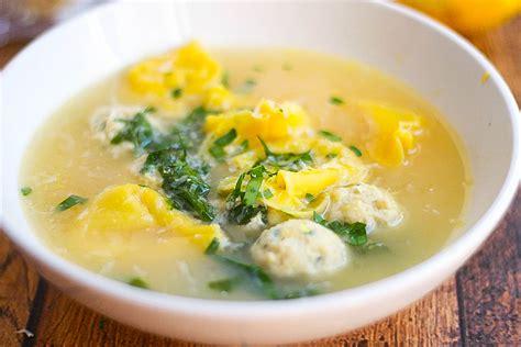 Brodo High tortellini en brodo con polpetti italian meatball soup