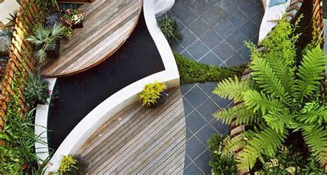 decorazioni per giardini decorazione giardini composizione piante decorazioni