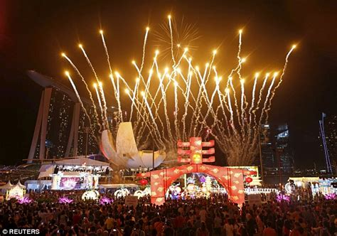 new year when do they celebrate new year 2016 celebrations get going around the