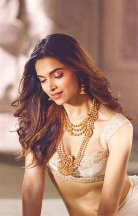 deepika padukone jewellery online deepika padukone photoshoot for leading indian jewelry