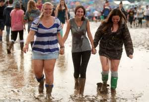 Is It Really Still Raining Wellies For Weather by Uk Weather Parts Of Britain Get A Month S In A Few