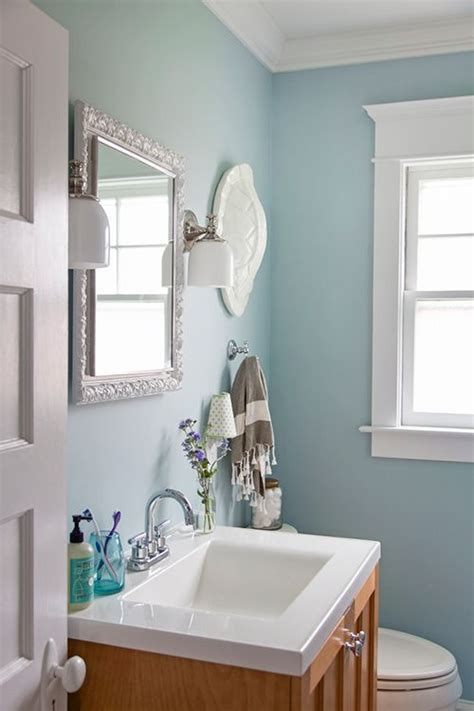 bathroom wall paint best 25 blue wall paints ideas on pinterest navy blue walls blue accent walls and living