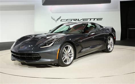 corvette stingray 2014 chevrolet corvette stingray first look motor trend