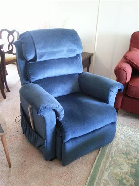recliner lift chairs vancouver bc power lift recliner chair 500 saanich sidney