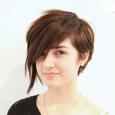 pixie haircut for strong faces undercut pixie cut round face