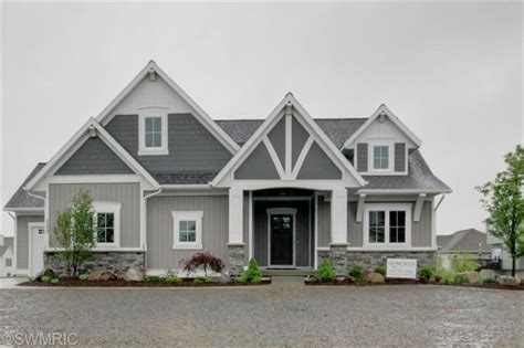 gray siding houses two tone siding architectural details johnson designs pinterest detail