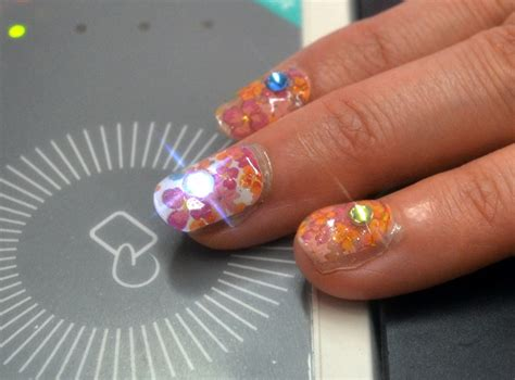 Nfc Meets Beauty Japanese Deco Nails That Light Up When Lights Nails