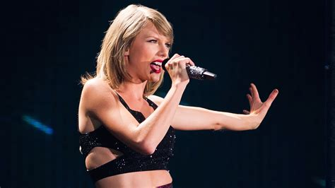 taylor swift concert years taylor swift shares quot bad blood quot behind the scenes clips of