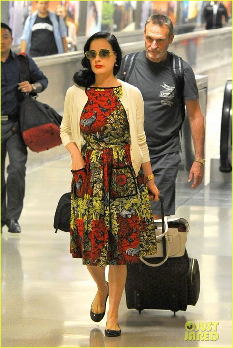 When Wear The Same Dress Dita Teese by Dita Teese Returns To Lax In Same Dress She Left