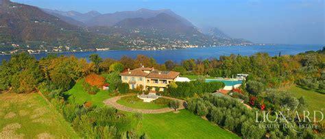 appartamenti in vendita sul lago di garda villa sul garda in vendita image 1