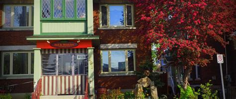 bed and breakfast spa downtown bed and breakfast spa gay friendly ottawa b b purple roofs gay travel