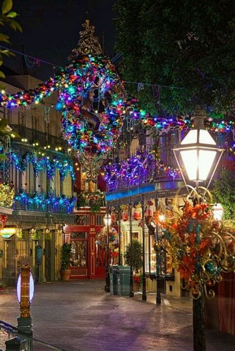 places to see christmas lights in new orleans pictures of new orleans at new orleans square disney world time