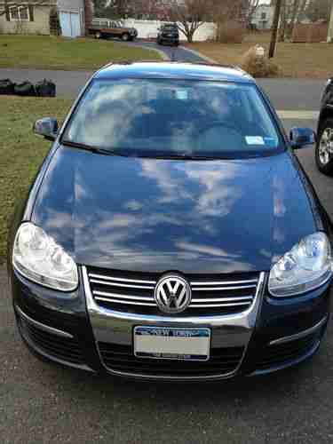 2010 Volkswagen Jetta Limited Edition by Sell Used 2010 Volkswagen Jetta Limited Edition In Port