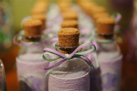 Etiquette For Baby Shower by Baby Shower Etiquette All You Need To Tulamama