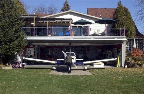 Airplane Garage by Fogonazos Airparks A Plane In Your Garage