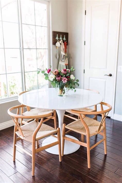 tables for small dining rooms best 25 small dining rooms ideas on small
