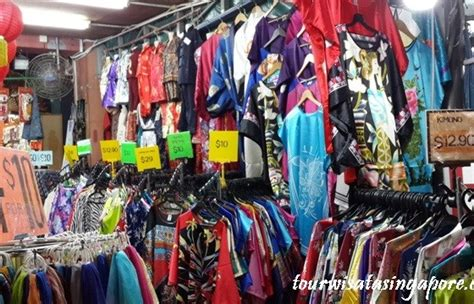 Oleh Oleh Pajangan Replika Singapore 4 oleh oleh singapore apa saja dijual di chinatown lihat