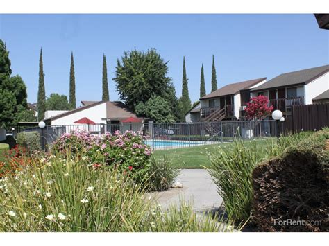 1 bedroom apartments in bakersfield ca cedarwood apartments bakersfield ca walk score
