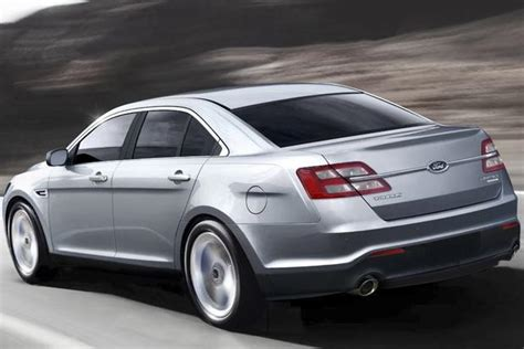 Toyota Taurus 2015 Ford Taurus Vs 2015 Toyota Avalon Which Is Better