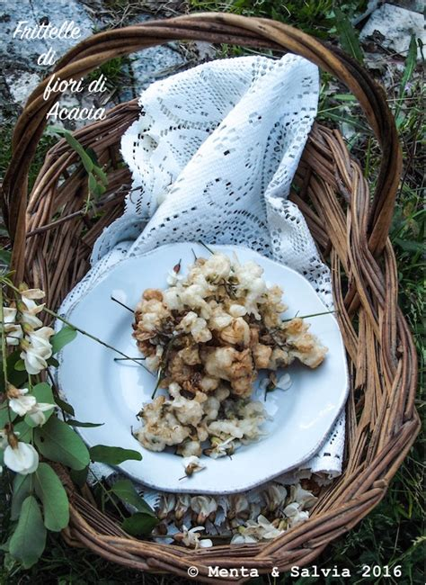 frittelle con fiori di acacia frittelle di fiori di acacia menta e salvia