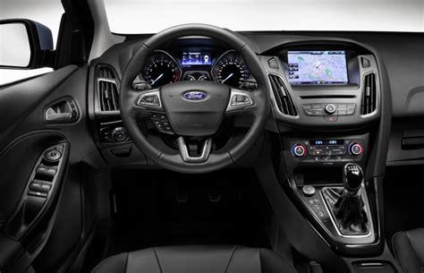 interni nuova ford focus ford focus 2015 svelati i prezzi della berlina foto