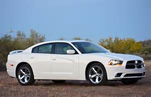 Chrysler 300 Charger 120 000 Chrysler 300 And Dodge Charger Models Recalled