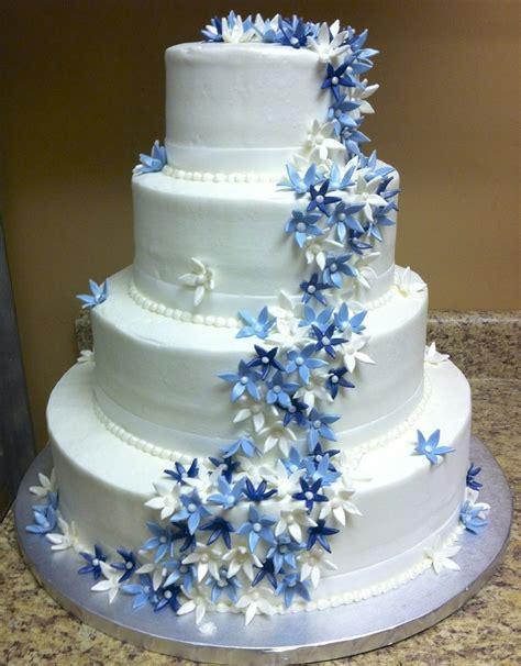 Blue Flower Wedding Cake by Buffalo Brides Ohlson S Bakery Wedding Cake With Blue