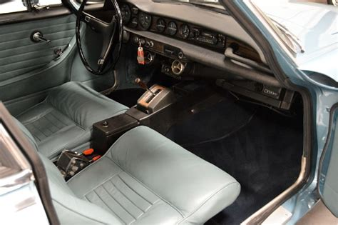 volvo p1800 upholstery restored 1971 volvo p1800 bring a trailer