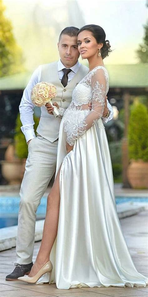 Blog   Top 10 Sexy Pregnant Wedding Dress Photos