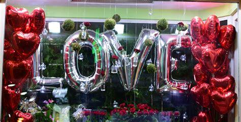 tiendas de decoracion en granada decoraci 243 n con globos para tiendas y escaparates en granada
