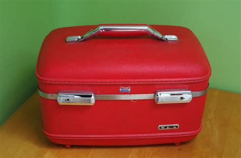 American Tourister Vanity Bag by Vintage American Tourister Luggage With Vanity