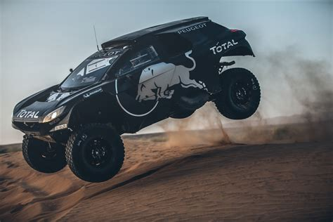 peugeot dakar 2016 peugeot reveals 2016 2008 dkr for dakar rally gtspirit