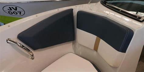 boat marina vernon 21 foot bow rider speed boat rental available in kelowna