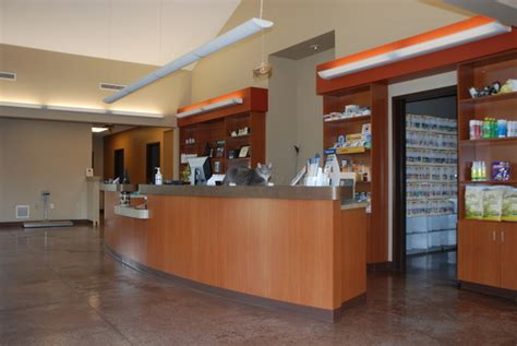 Veterinary Reception Desks Veterinary Reception Desks Roswell Vet Front Of Reception Desk Blue Frog Offices Pin By Peggy