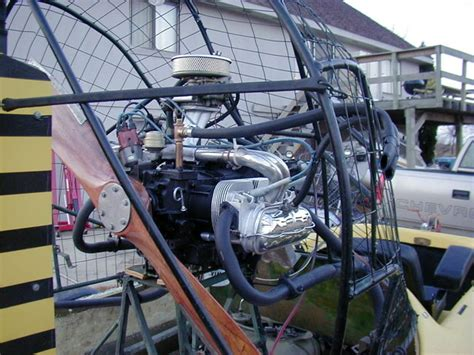 airboat motor 1600 cc vw engine on 10 foot tomcat southern airboat