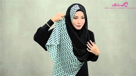 youtube tutorial wide shawl tutorial wide shawl balqis black shawl by