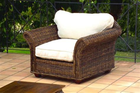 salottini da giardino offerte salotto in croco rattan con divano 2p outlet mobili etnici