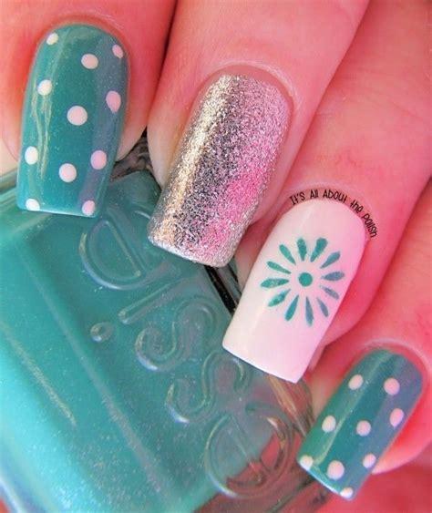 imagenes de uñas pintadas de color turquesa las 25 mejores ideas sobre dise 241 o de u 241 as en pinterest