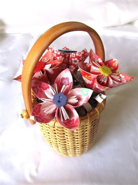 Origami Gift Basket - 17 best images about origami flowers on paper
