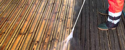 Removing Stain From Wood Deck by Deck Mare How To Remove Stains From Decking Rawlins