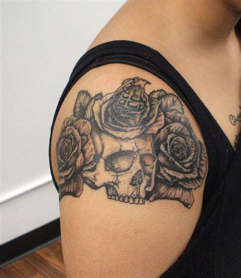 skull shoulder tattoo 69 impressive skull shoulder tattoos