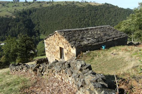 De Property Records Property Search Cantabria Ref 683 Well Located Cabana Near De Pas