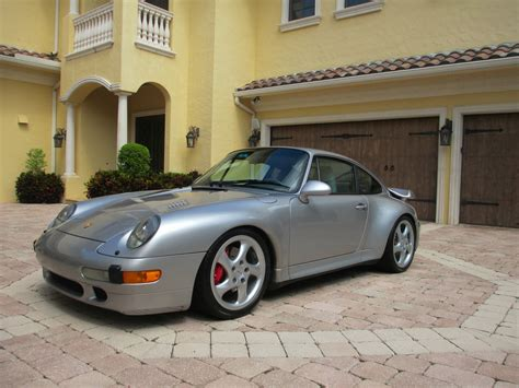 drop dead gorgeous porsche  turbo    sale    miles carscoops