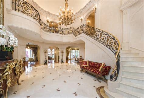 Foyer Villa by European Villa 18 995 000 Pricey Pads