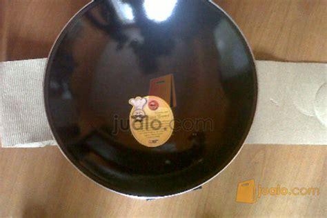 Wajan Keramik 081220779603 grosir wajan royal wok enamel poclen bandung