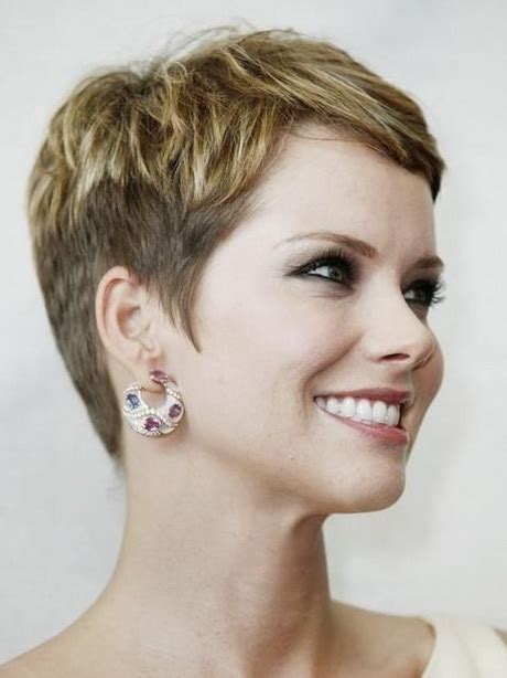 pictures of very short haircuts for women very short hairstyles for women 2016